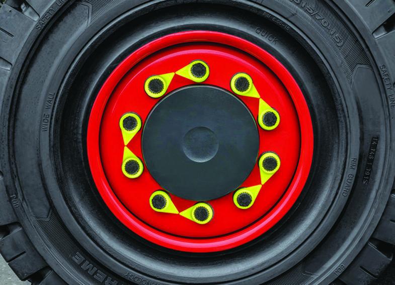 Truckdekk med hjulmutterindikatorer