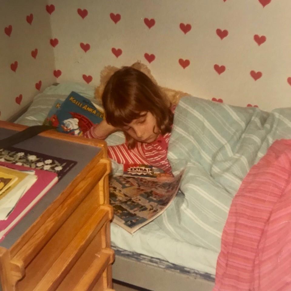 Anna Fiske leser Donald-blader