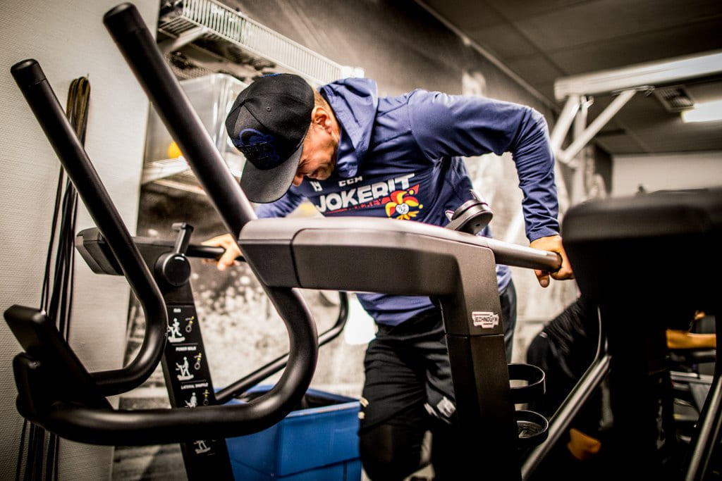 Under KHL-spillerens (Kontinental Hockey League) rehabiliteringsperiode ble fysisk trening essensielt