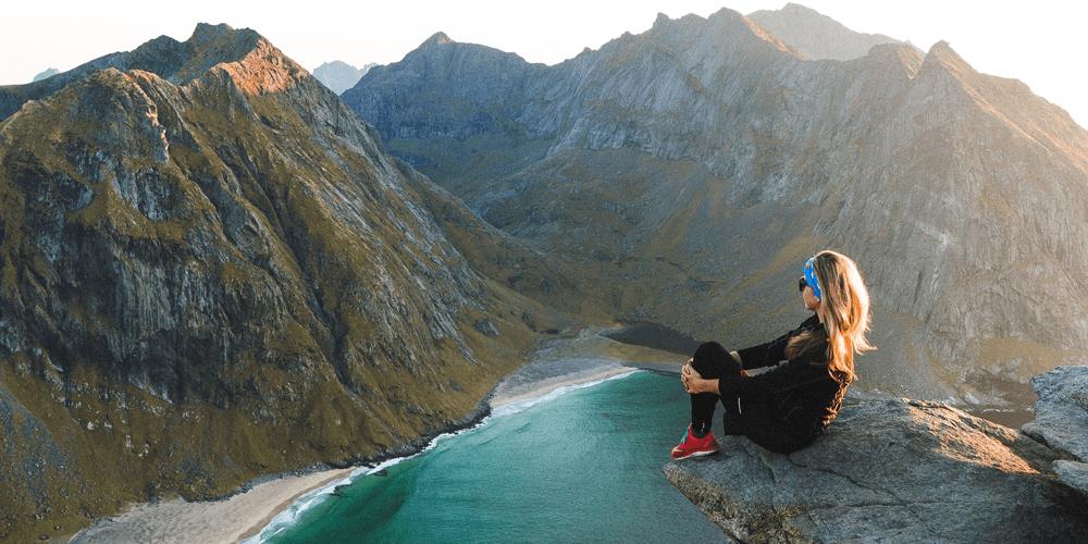 Bestig magiske fjelltopper i vakre Lofoten.