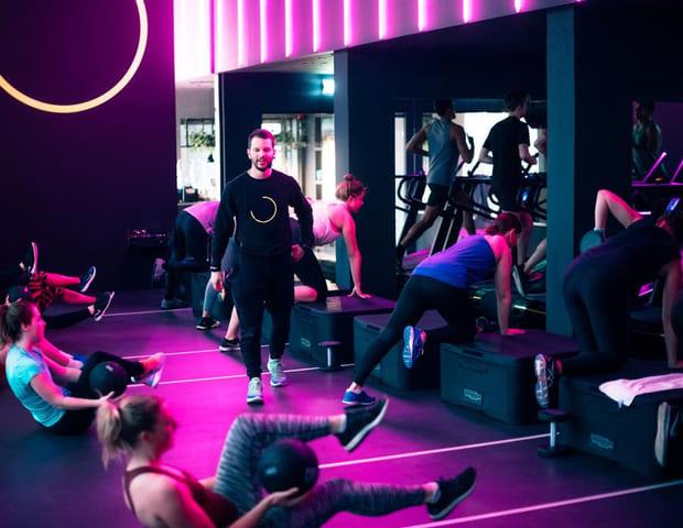 Skillmill HIIT HIgh studio Amsterdam Technogym gruppetime hiit