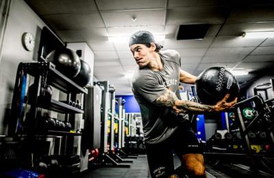 Grenspecifik träning för elithockeyspelare – Skill Performance med Finska KHL laget Jokerit