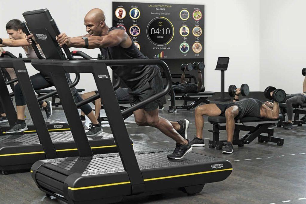 Skillrun juoksumatto vastaa vaativaan juoksuharjoitteluun, Skillrun class tunnit ovat suosittuja maailmalla