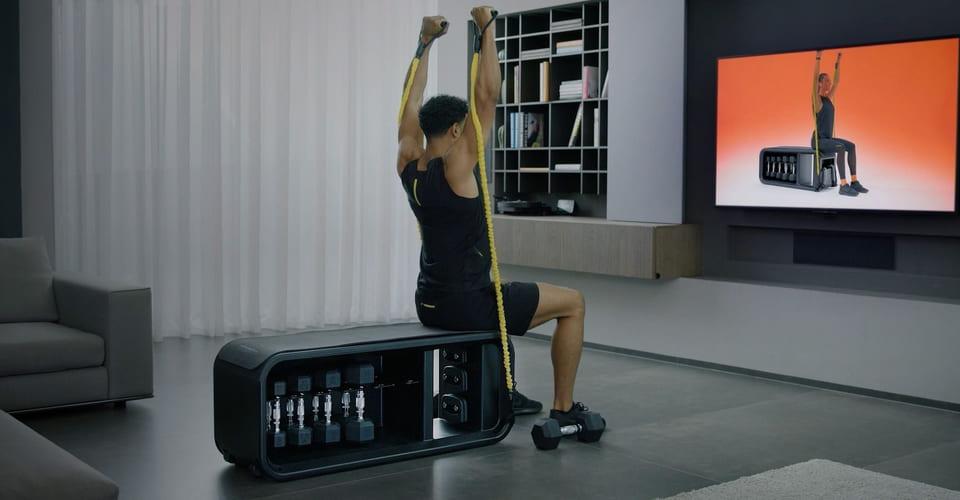Kompakti Technogym Bench treenipenkki toiminnalliseen harjoitteluun