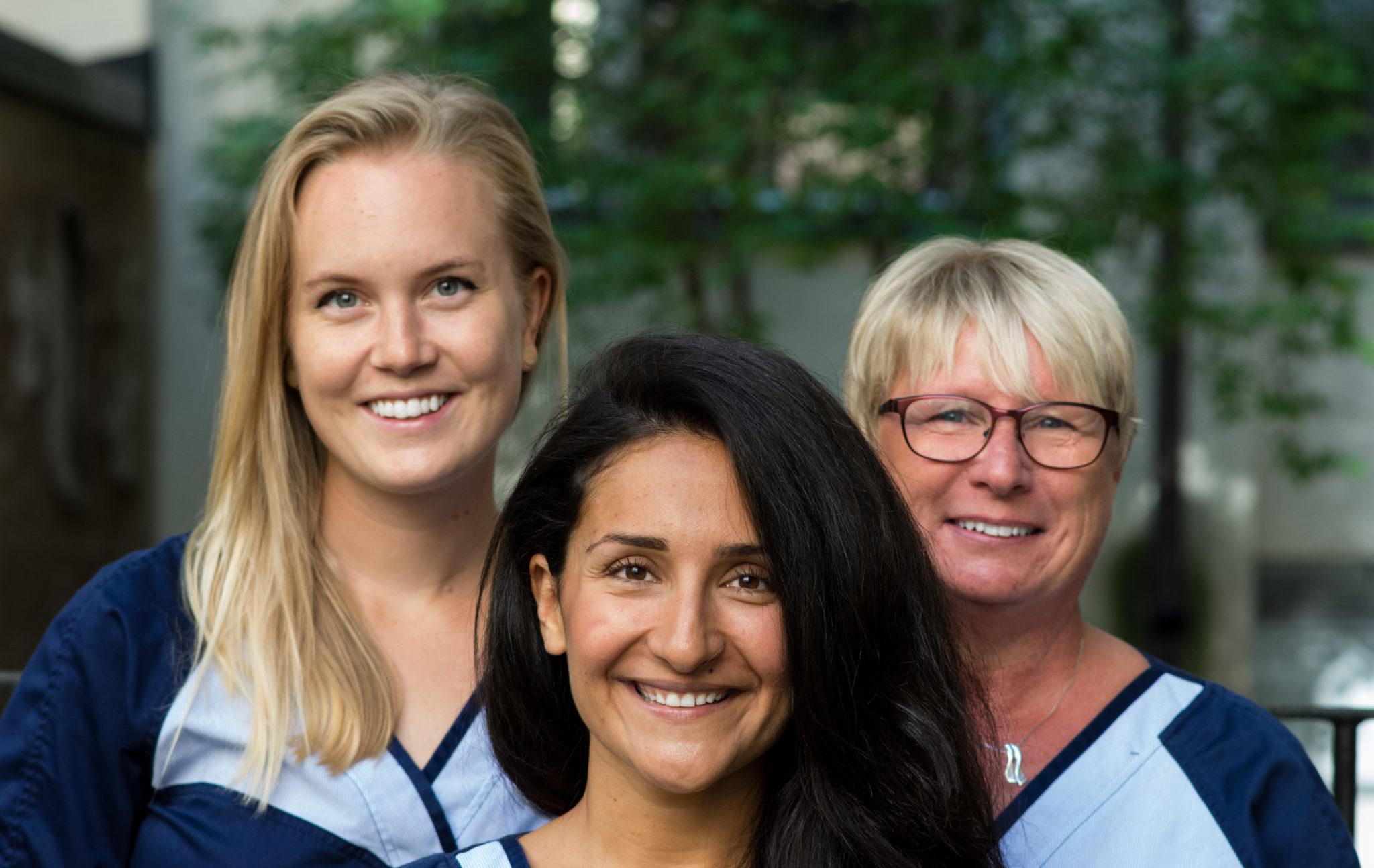 Tandläkare på Östermalm - På bilden syns Tandläkare Rosa Ansari med personal