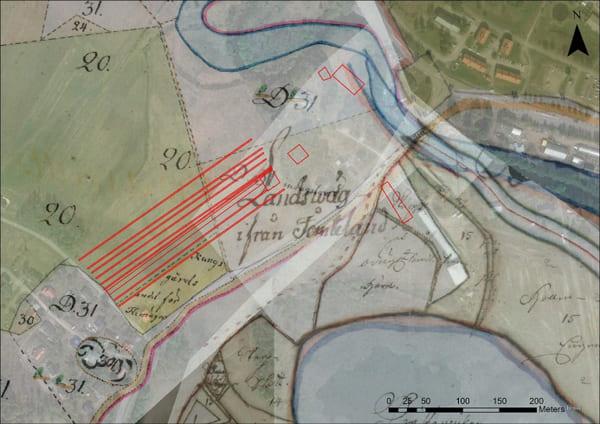 Kartöverlägg med tre historiska kartor från 1702–1775 och undersökningsområdena markerade med rött. D31 och 20 är skogsområden.